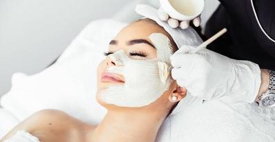 5 Jenis Facial Treatment di Klinik Kecantikan, Dari Mencerahkan Hingga Mengencangkan
