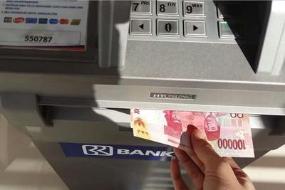 Batasi Pengambilan Uang Di ATM