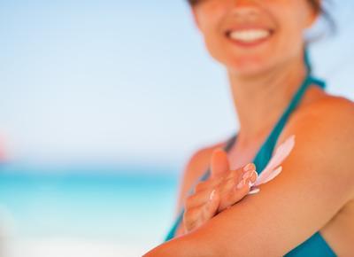 Ingredients Dalam Produk Skincare & Kosmetik yang Harus Dihindari Ibu Hamil