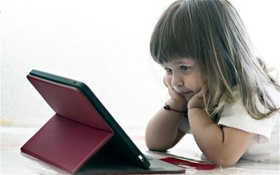 Tanda Anak Kecanduan Gadget, Perhatikan 5 Hal Ini Pada Si Kecil