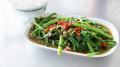 Bolehkah Ibu Hamil Makan Kangkung? Cari Tahu Manfaatnya Yuk!