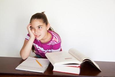 Anak Malas Belajar? Mungkin Ini 5 Penyebabnya
