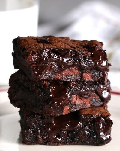 Gak Perlu Oven, Resep Brownies Cokelat Kukus Ini Praktis Banget!